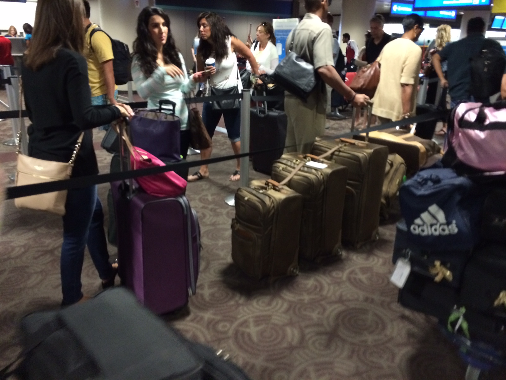 Pied Piper of luggage