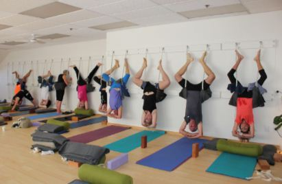 New Zealand - Hanging Yoga